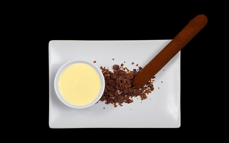 Sigaro con crema di mascarpone e crumble al caffè