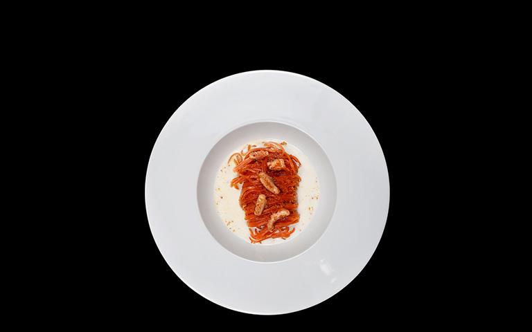 Spaghetti rossi in salsa di bufala
