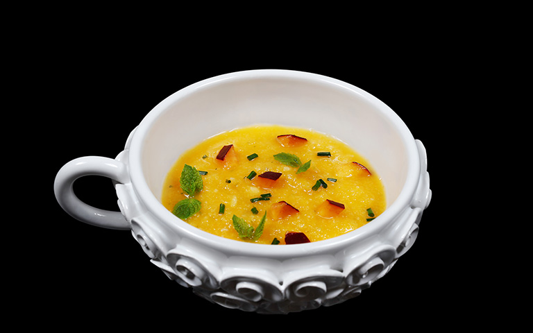 Gazpacho di pesche in tazza